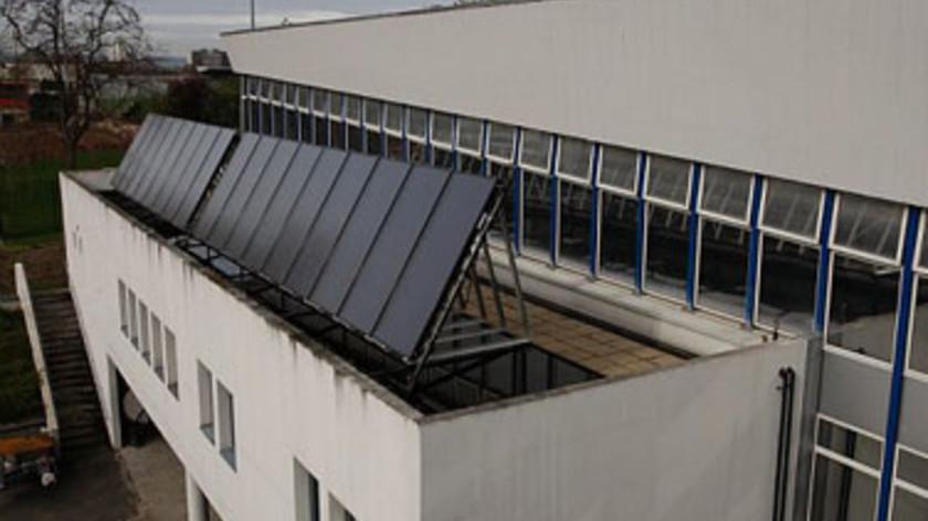 Le palais des sports se met au solaire ville de nanterre for Piscine du palais des sports a nanterre nanterre